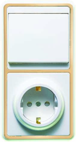 Блок БКВР-034 Бэлла (1-кл. выкл. + евророзетка с защ. шторками) зол. Кунцево 5824